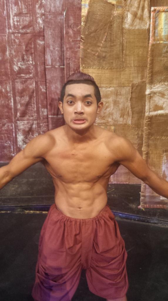 Circus artist, Phare